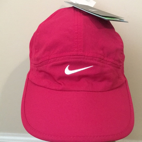 e50475c3657 💙💜❤️Women s Nike Tennis Featherlight Dri-Fit Hat